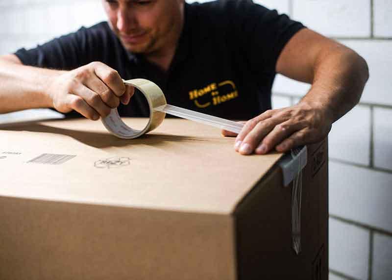 Professioneller Umzugsservice. Wir verpacken mit professionellem Verpackungsmaterial.