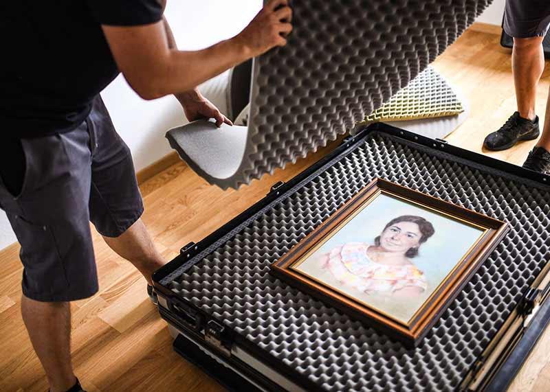 Wir helfen bei der Vorbereitung und bieten professionelle Verpackung für einen sicheren Transport beim Umzug Uster